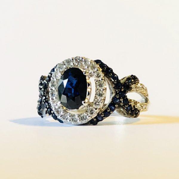 انگشتر جواهر یاقوت کبود