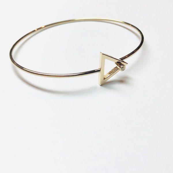 دستبند مفتولی طلا مثلث